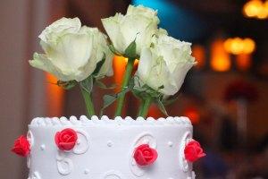 ann_bassette_wedding_cake_tania_roses_web